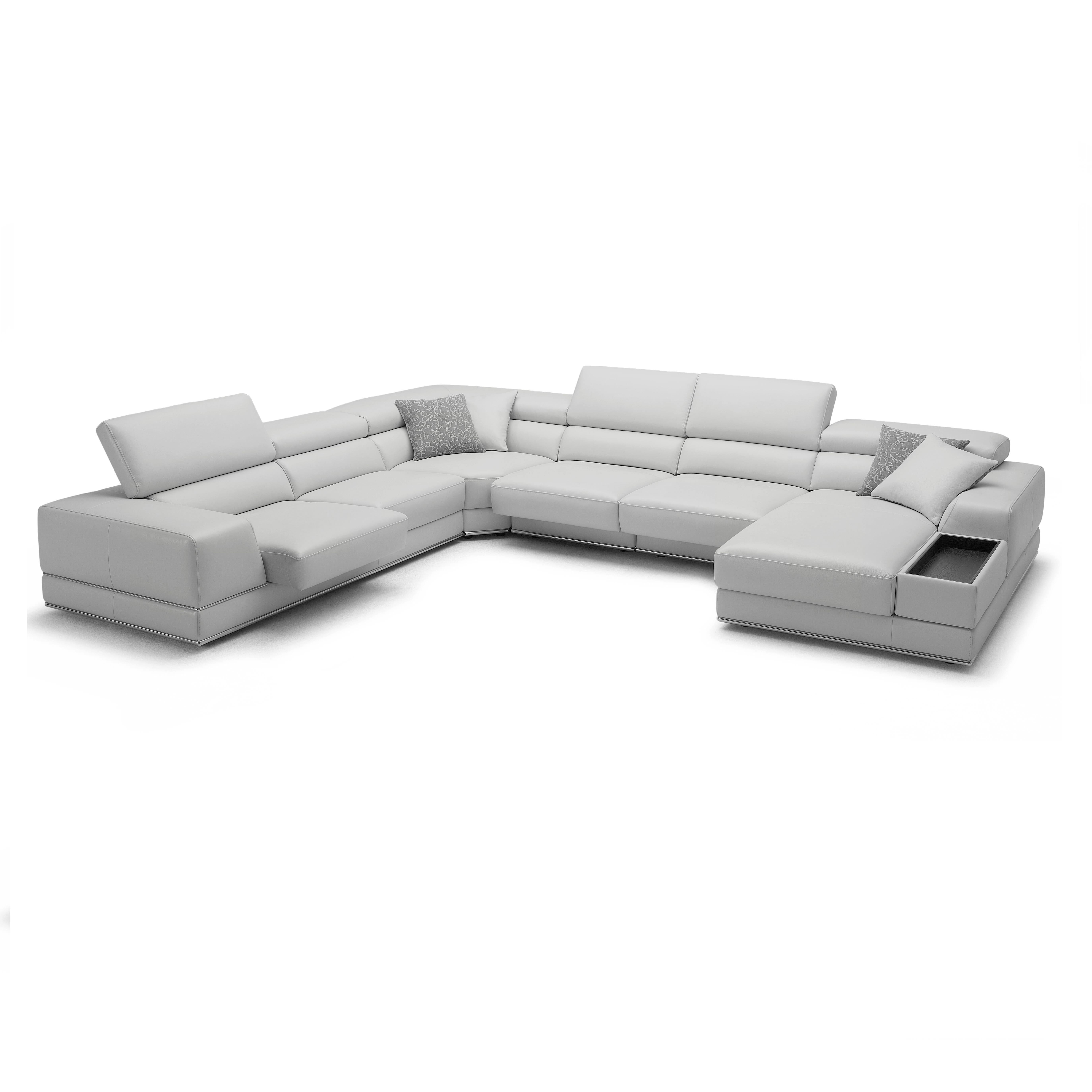 plete Your Room with the Bergamo Sectional Sofa